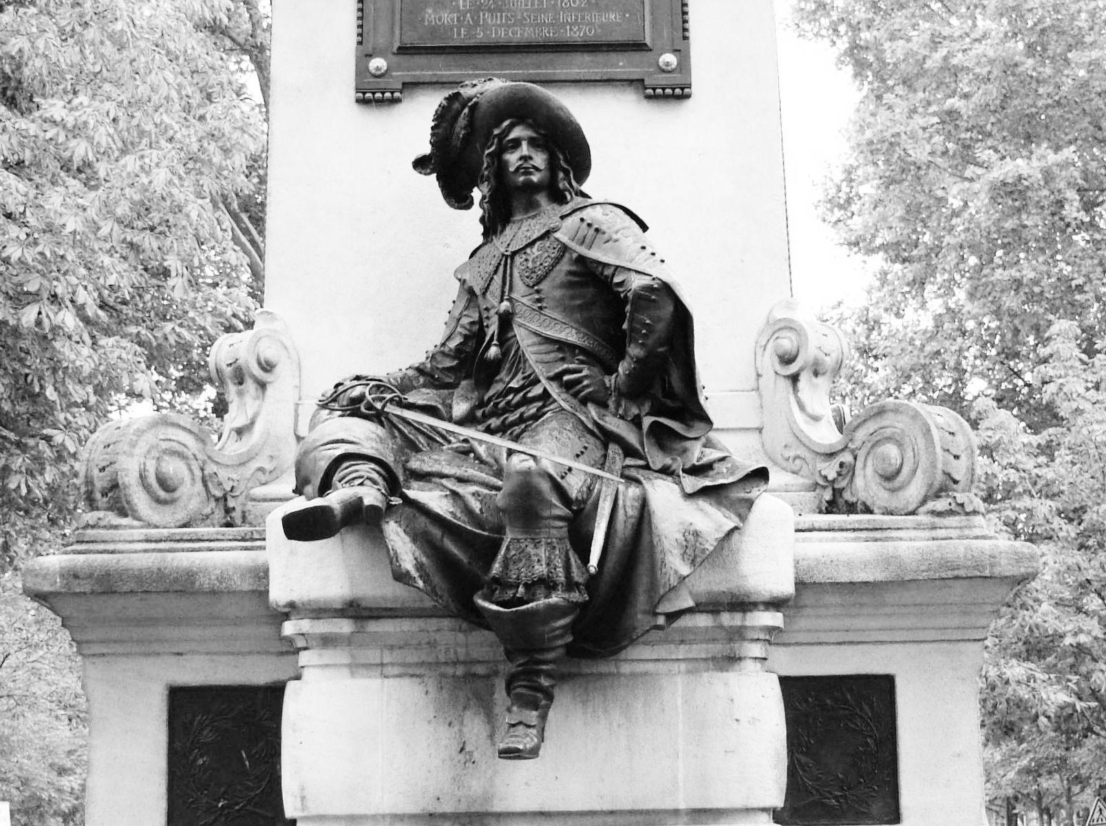 statue duc de loussac